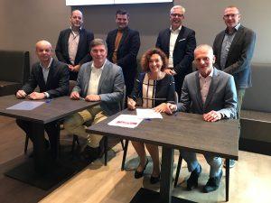 groepsfoto ondertekening