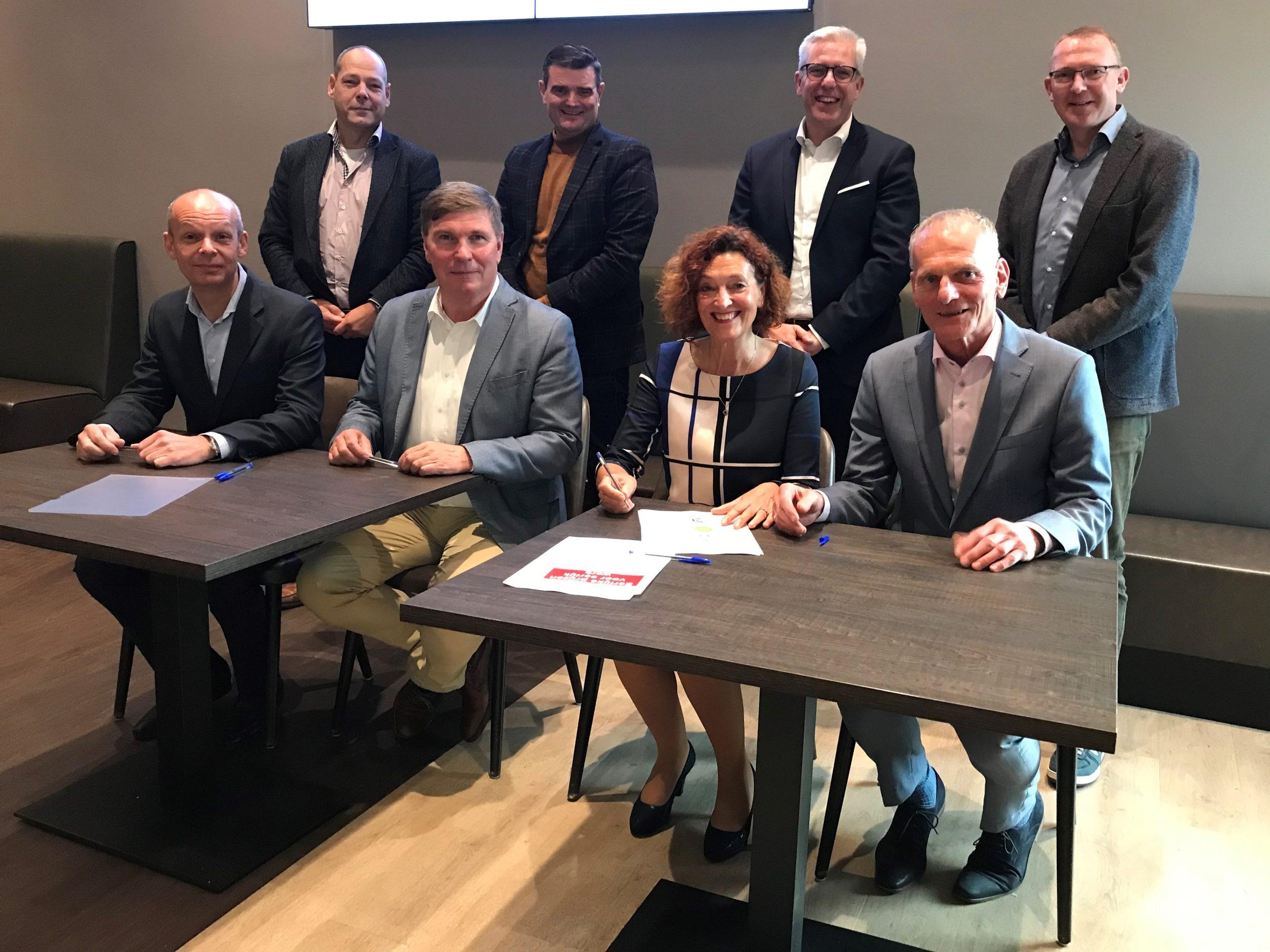 IJmond Werkt! tekent met Noord-Hollandse SW-bedrijven intentieverklaring 'Eerlijke prijzen voor eerlijk werk'